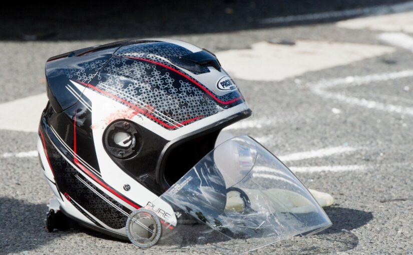 Motorradfahrer bei Zusammenstoß in Wilhelmstadt schwer verletzt – B.Z. Berlin